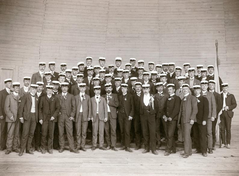 YL vuosimallia 1906