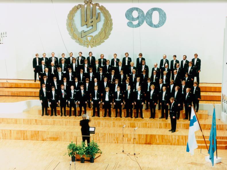 YL 90 vuotta