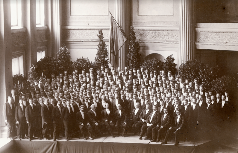 YL vuonna 1903
